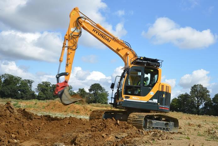 14-ton-excavator-2