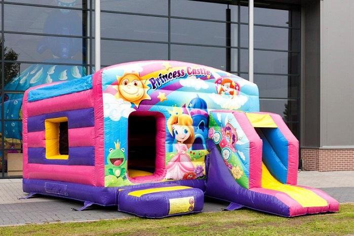 Inflatable-bouncy-castle-maxi-multifun-princess-1-940x652