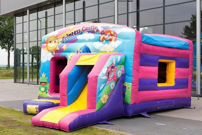 Inflatable-bouncy-castle-maxi-multifun-princess-2-940x652